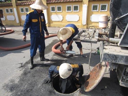 Dịch vụ chuyên thông cống tại quận Hoàn Kiếm